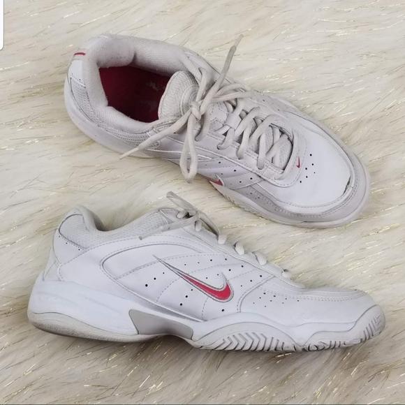Nike Shoes   Nike Xdr Tennis Shoes Size